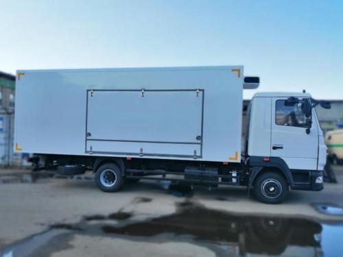 Торговый фургон на МАЗ 4371 с ХОУ Carrier