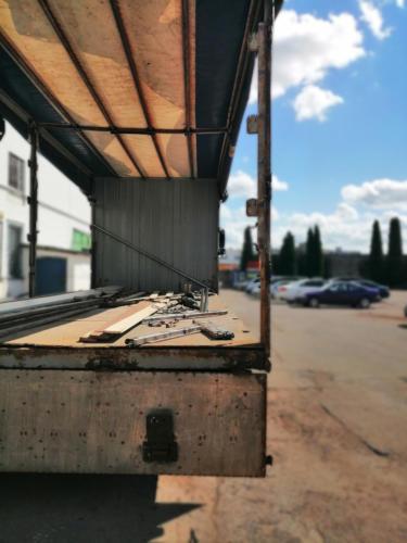 Замена старых бортовых панелей на алюминиевые: До