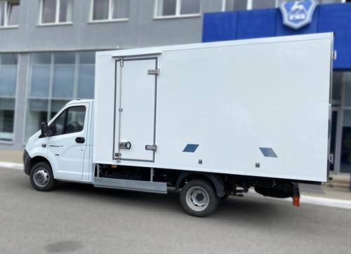 Изотермический фургон-тушевоз «ЮниСКАФ» с ХОУ на базе ГАЗель Next C41R92 с дополнительной боковой дверью